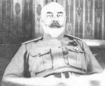 Генерал Деникин А.И. в день добровольной отставки