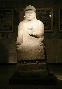 Чингисхан памятник